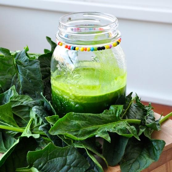 jugo verde con hinojo