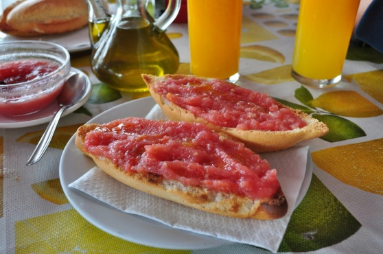 spanish breakfast pantumaca