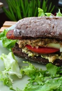 vegan tempeh szendvics