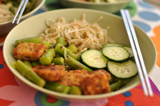 healthy lunch with tempeh