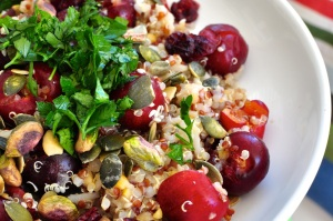 quinoa with cherry and pistacho